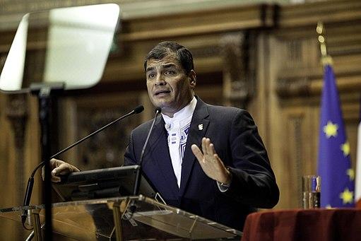 Rafael_Correa_in_Paris,_La_Sorbonne_02